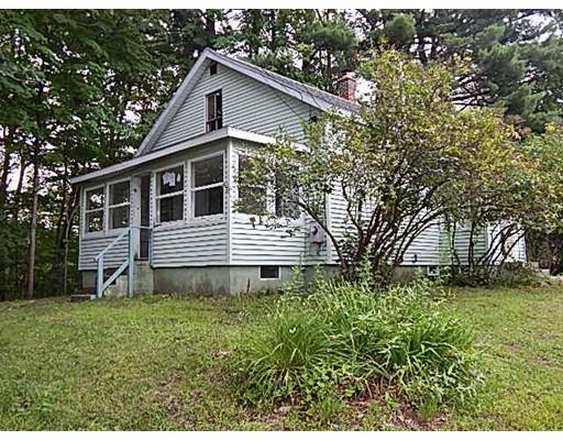 Casa Unifamiliar por un Venta en 52 Eddy Street 52 Eddy Street Orange, Massachusetts 01364 Estados Unidos
