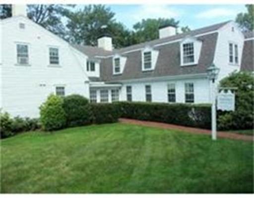 Casa Unifamiliar por un Alquiler en 212 Sandwich Street Plymouth, Massachusetts 02360 Estados Unidos
