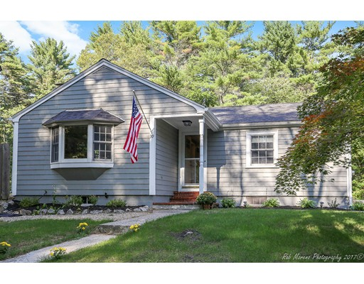 Single Family Home for Sale at 39 Georgetown Road Boxford, Massachusetts 01921 United States