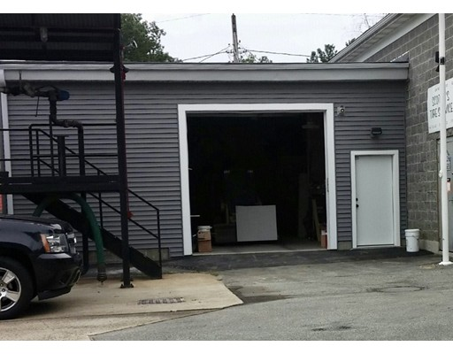 Additional photo for property listing at 290 Main Street 290 Main Street North Reading, Massachusetts 01864 États-Unis