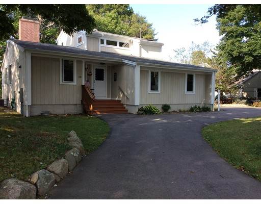 Single Family Home for Rent at 28 Pondlet Place Falmouth, 02540 United States