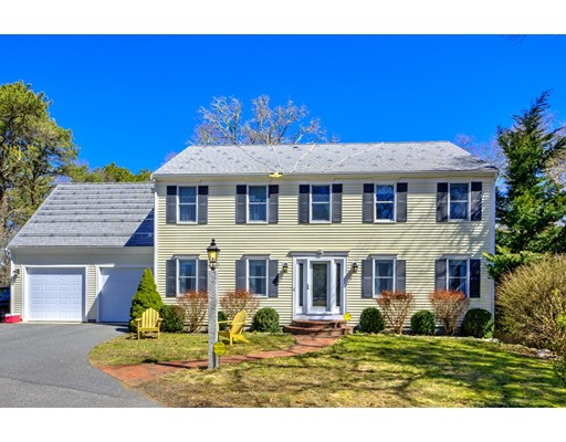 44  Zona Dr,  Brewster, MA