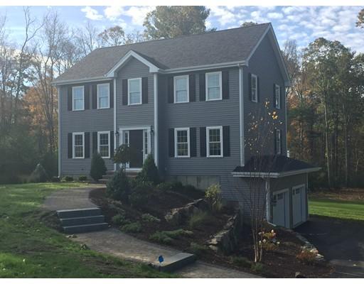 Частный односемейный дом для того Продажа на 21 Village Road 21 Village Road Lakeville, Массачусетс 02347 Соединенные Штаты