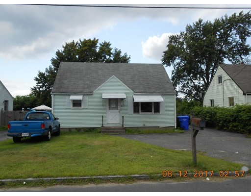 40 Elmore Ave, Springfield, MA 01119