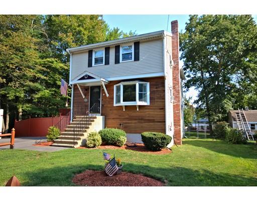 Maison unifamiliale pour l Vente à 42 West Shore Road 42 West Shore Road Holbrook, Massachusetts 02343 États-Unis