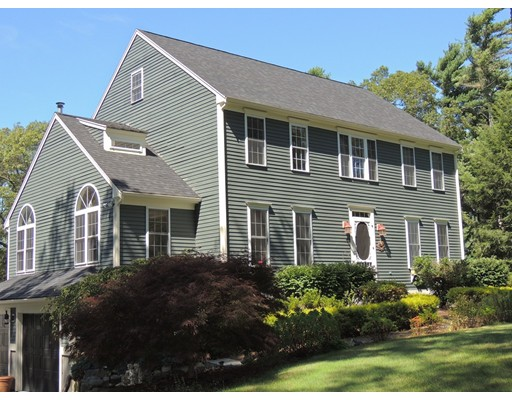 16 Haskell Ridge Road, Rochester, MA 02770