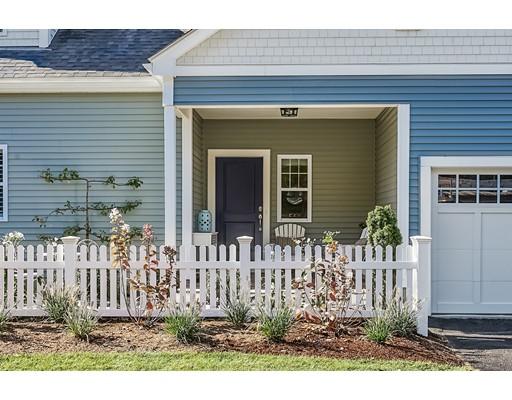 Single Family Home for Sale at 32 Lantern Way Ashland, Massachusetts 01721 United States