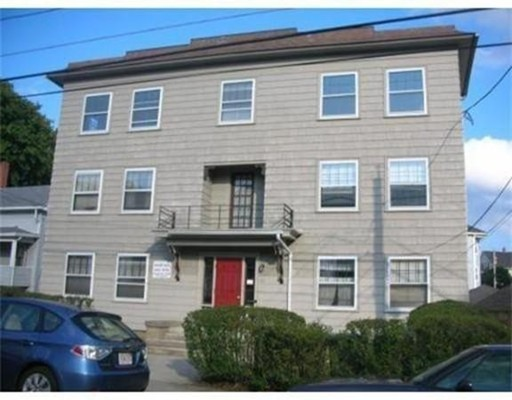 Casa Unifamiliar por un Alquiler en 40 Granite Street Webster, Massachusetts 01570 Estados Unidos