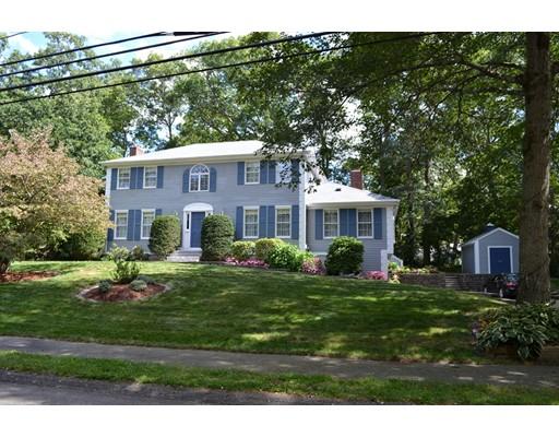 Maison unifamiliale pour l Vente à 79 Westover Pkwy 79 Westover Pkwy Norwood, Massachusetts 02062 États-Unis