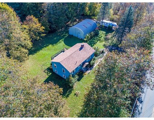 واحد منزل الأسرة للـ Sale في 90 Mill Street 90 Mill Street Groton, Massachusetts 01450 United States