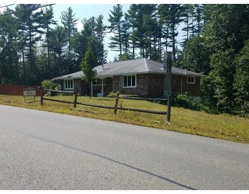 独户住宅 为 销售 在 107 Warren Road Townsend, 马萨诸塞州 01469 美国