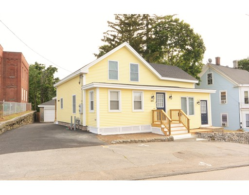 Single Family Home for Rent at 189 Pleasant Street Clinton, Massachusetts 01510 United States