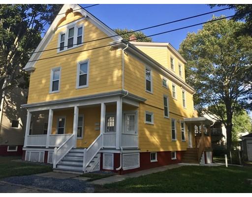 Casa Unifamiliar por un Alquiler en 8 Howard Avenue Attleboro, Massachusetts 02703 Estados Unidos