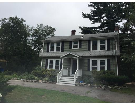 Casa Unifamiliar por un Alquiler en 49 Indian Lane 49 Indian Lane Canton, Massachusetts 02021 Estados Unidos
