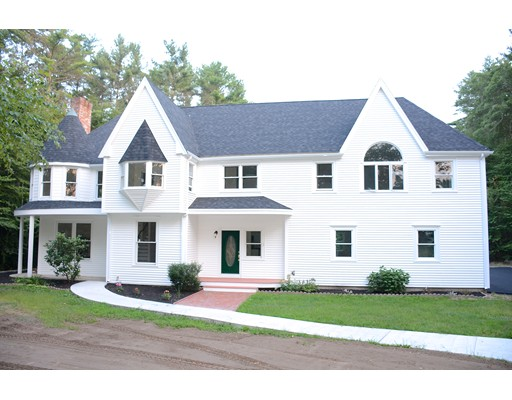 Casa Unifamiliar por un Venta en 23 Holly Tree Lane Middleboro, Massachusetts 02346 Estados Unidos