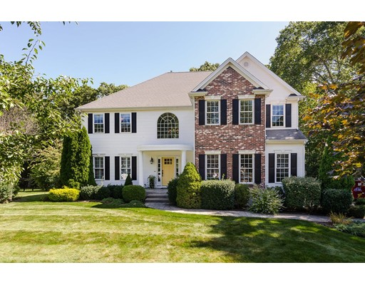Single Family Home for Sale at 7 Oriole Drive North Attleboro, Massachusetts 02760 United States