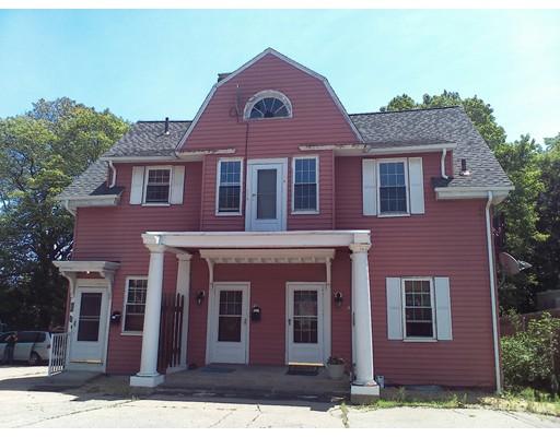 Casa Unifamiliar por un Alquiler en 93 Pleasant Street Attleboro, Massachusetts 02703 Estados Unidos