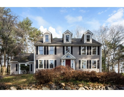 独户住宅 为 销售 在 77 Meadow Brook Road 77 Meadow Brook Road Norwell, 马萨诸塞州 02061 美国