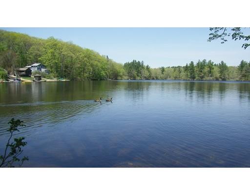 独户住宅 为 销售 在 36 Lake Sargent Drive 36 Lake Sargent Drive Leicester, 马萨诸塞州 01524 美国