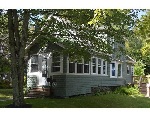 Maison unifamiliale pour l Vente à 70 River Street Jaffrey, New Hampshire 03452 États-Unis