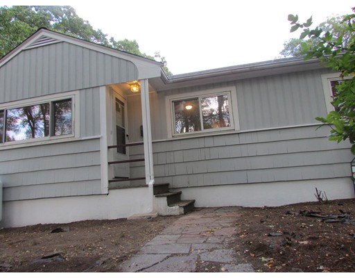 独户住宅 为 出租 在 1450 Washington Street Braintree, 马萨诸塞州 02184 美国
