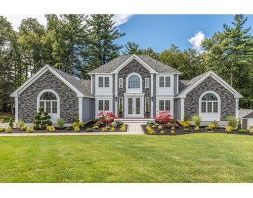 Single Family Home for Sale at 135 Samoset Drive Leominster, 01453 United States