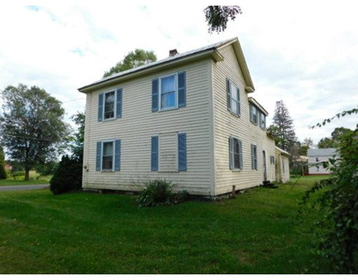 Single Family Home for Sale at 119 East Street Hadley, Massachusetts 01035 United States