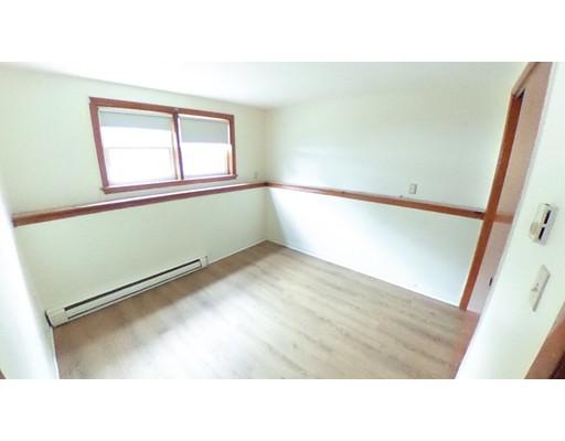 Apartamento por un Alquiler en 20 Quincy St #1 20 Quincy St #1 Abington, Massachusetts 02351 Estados Unidos
