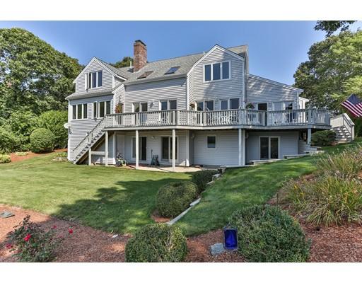 واحد منزل الأسرة للـ Sale في 41 North Bournes Pond Falmouth, Massachusetts 02536 United States