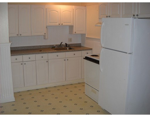 Single Family Home for Rent at 49 Dean Avenue 49 Dean Avenue Franklin, Massachusetts 02038 United States