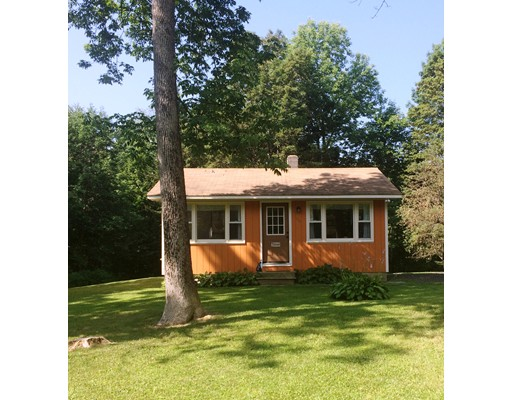 Single Family Home for Sale at 140 Wells Road Becket, Massachusetts 01223 United States