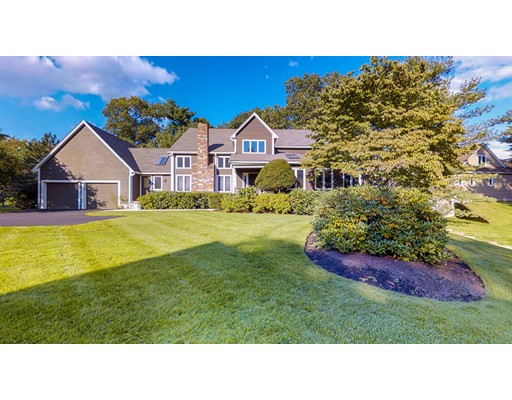 Single Family Home for Sale at 10 Fieldstone Lane Natick, Massachusetts 01760 United States