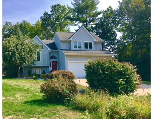 Casa Unifamiliar por un Venta en 56 Forest Ridge Lane Agawam, Massachusetts 01001 Estados Unidos