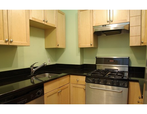 Casa Unifamiliar por un Alquiler en 34 Appleton Street Boston, Massachusetts 02116 Estados Unidos