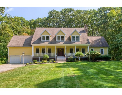 Single Family Home for Sale at 147 Robbins Drive Carlisle, Massachusetts 01741 United States