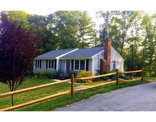 واحد منزل الأسرة للـ Rent في 45 Robert Street Clinton, Massachusetts 01510 United States