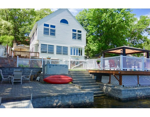 Single Family Home for Sale at 233 LAKESHORE DRIVE 233 LAKESHORE DRIVE Marlborough, Massachusetts 01752 United States