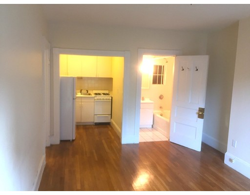 299 Newbury 8, Boston, MA 02115