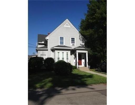 公寓 为 出租 在 65 Galen Street #1 65 Galen Street #1 布罗克顿, 马萨诸塞州 02302 美国