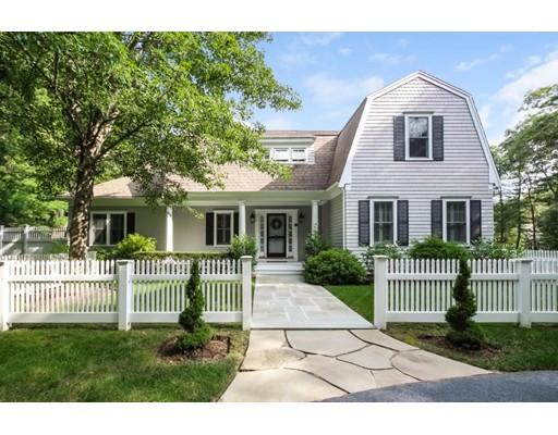 Casa Unifamiliar por un Venta en 25 Smoke Valley Road 25 Smoke Valley Road Barnstable, Massachusetts 02655 Estados Unidos