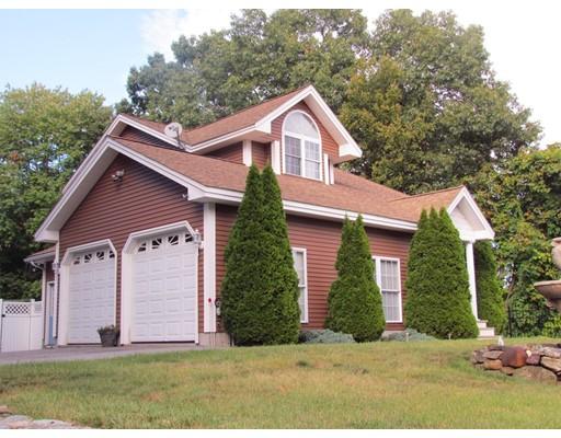 Частный односемейный дом для того Продажа на 400 Florence Street Leominster, Массачусетс 01453 Соединенные Штаты