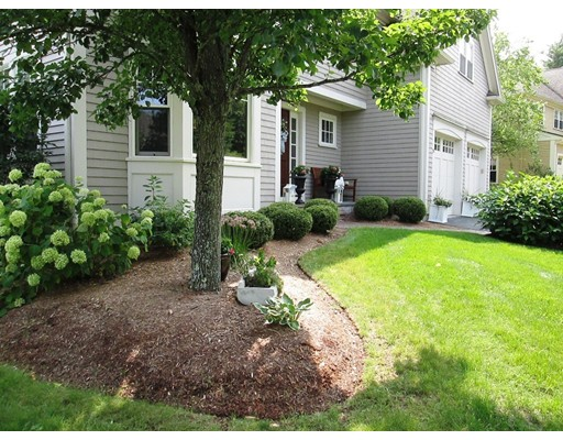 Single Family Home for Sale at 24 Partridgeberry Place Ipswich, Massachusetts 01938 United States