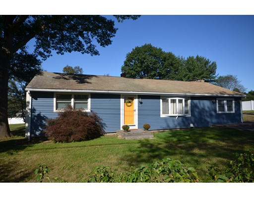 Single Family Home for Sale at 29 High Street Granby, Massachusetts 01033 United States
