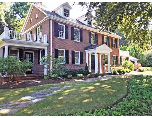 Vivienda unifamiliar por un Venta en 38 Maugus Avenue Wellesley, Massachusetts 02481 Estados Unidos