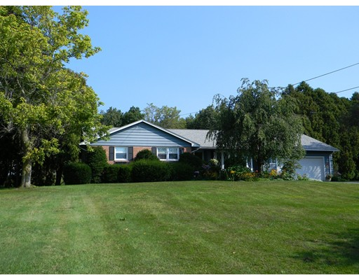独户住宅 为 销售 在 12 Lyman Street Easthampton, 马萨诸塞州 01027 美国
