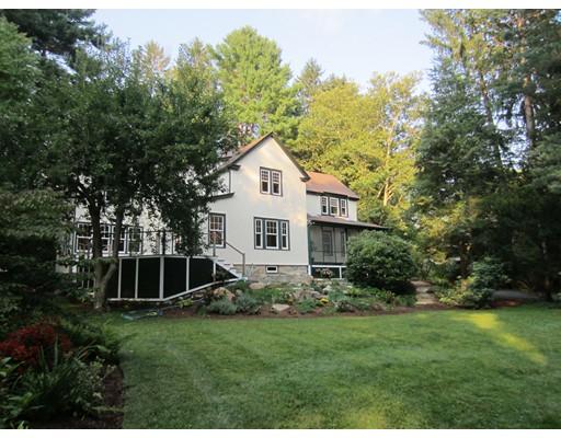 Vivienda unifamiliar por un Venta en 58 Colburn Road Wellesley, Massachusetts 02481 Estados Unidos