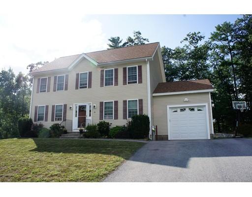 Casa Unifamiliar por un Venta en 50 Shakespeare Street Tyngsborough, Massachusetts 01879 Estados Unidos
