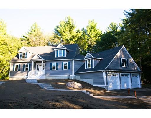واحد منزل الأسرة للـ Sale في 21 Elm Street 21 Elm Street Canton, Massachusetts 02021 United States