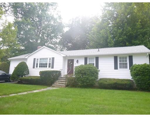 Casa Unifamiliar por un Alquiler en 75 Chester Street 75 Chester Street Worcester, Massachusetts 01605 Estados Unidos