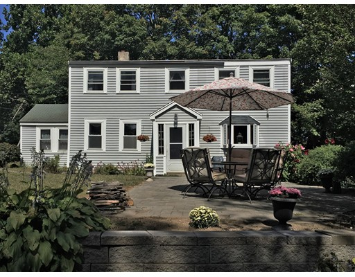 Single Family Home for Sale at 38 Elm Street 38 Elm Street Georgetown, Massachusetts 01833 United States